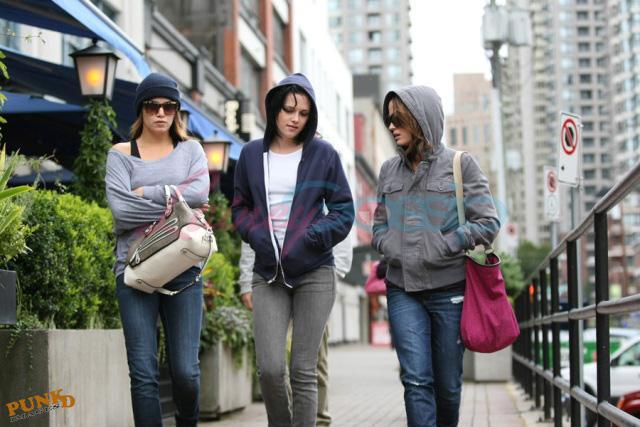 20090906- Kristen, Nikki and Elizabeth-38.jpg