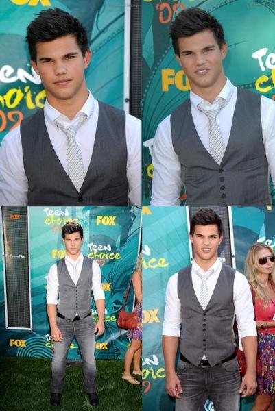 20090809-Taylor Lautner at Teen Choice Awards 2009-01-2.JPG