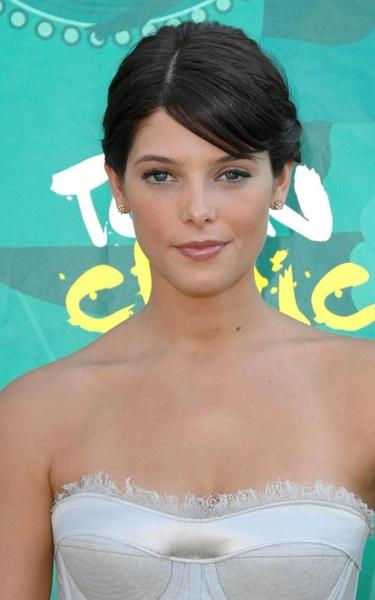 20090809-Ashley Greene at Teen Choice Awards 2009-02.jpg