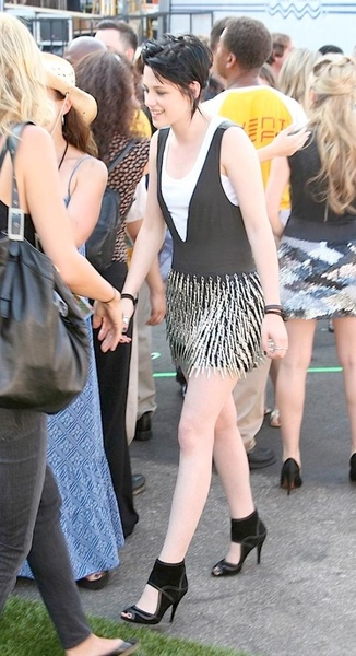 20090809-Kristen at Teen Choice Awards 2009-01.JPG