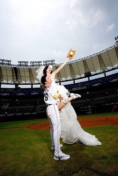 高雄婚紗 澄清湖棒球場【婚紗】【攝影】【景點】【旅遊】自助婚紗工作室推薦
