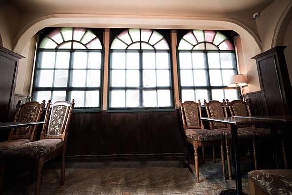 高雄自助婚紗 自助婚紗禮服工作室攝影婚紗~景點法式浪漫咖啡館