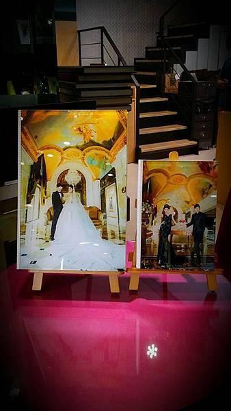 高雄自助婚紗婚紗包套鑽石水晶一體成型相本