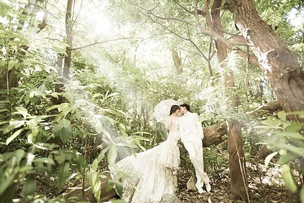 婚紗攝影工作室.自助婚紗行程~綠光森林