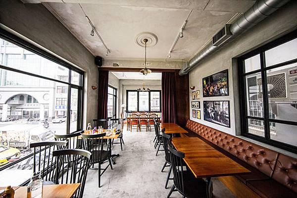 屏東婚紗景點推薦:BESAT 野獸美式餐廳酒吧