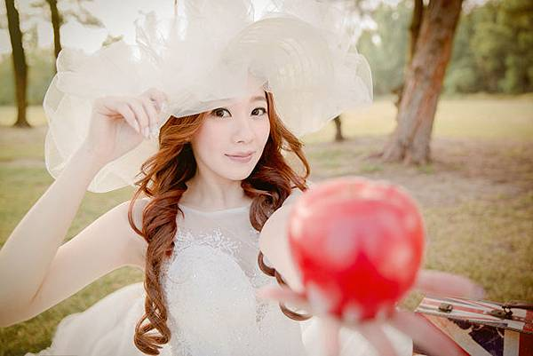 自助婚紗新人推薦:韓式自然風婚紗