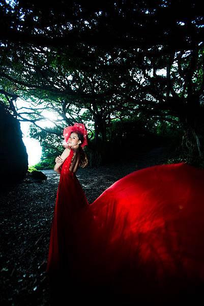 NO.111高雄自助婚紗新人風格推薦:迷幻雲霧時尚婚紗美學