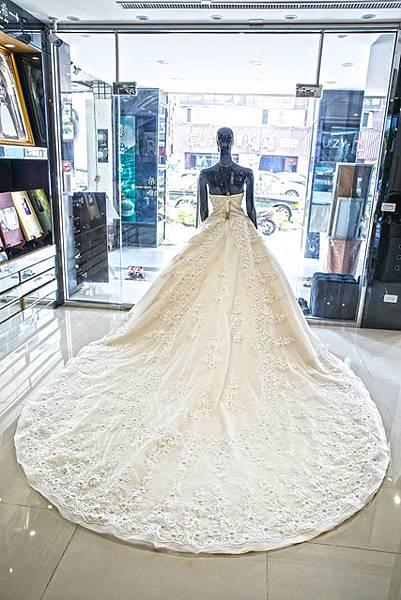 高雄婚紗禮服出租手工訂製婚紗推薦