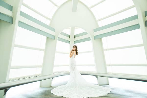 高雄自助婚紗風格推薦:聖潔教堂
