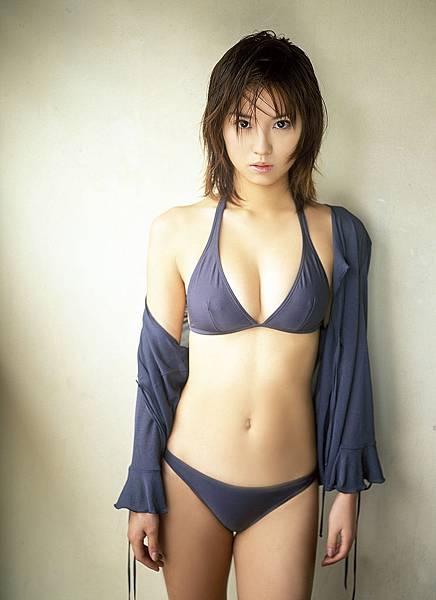 市川由衣 (31)