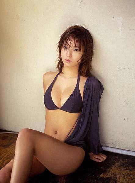 市川由衣 (32)