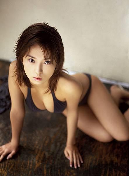 市川由衣 (34)