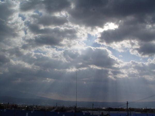 天空怪怪的