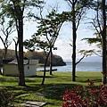 湖邊的營區