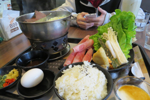 人文咖啡館午餐3