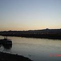 科羅拉多河-夜晚的河看不清楚,只好清晨5點去照相..