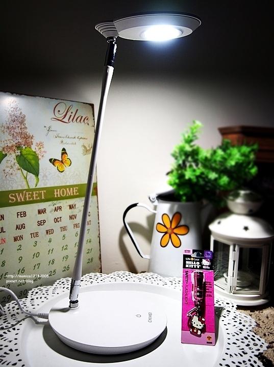 特力屋【奇美LED可調光鬆餅檯燈】-1-1