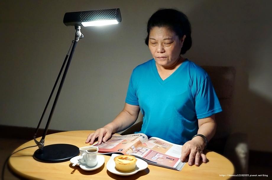 SYLVANIA 喜萬年【第二代 LED小小冰極光護眼檯燈-SYL128】-2-2.JPG