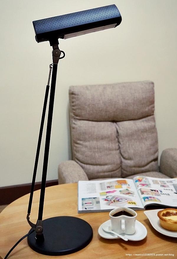 SYLVANIA 喜萬年【第二代 LED小小冰極光護眼檯燈-SYL128】-9-9.JPG