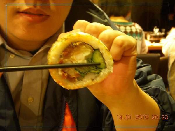 好大SIZE的壽司-2.jpg