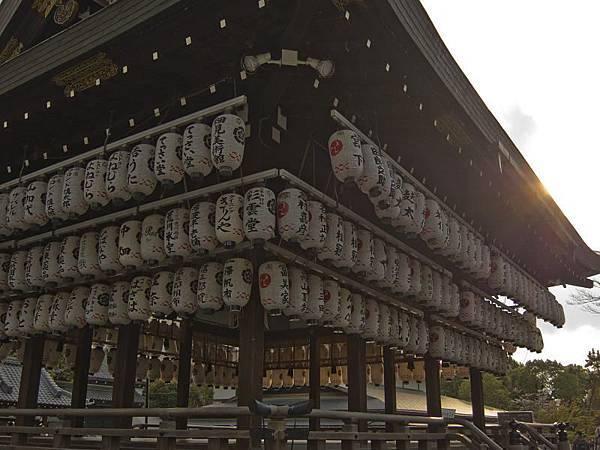 八坂神社-舞殿