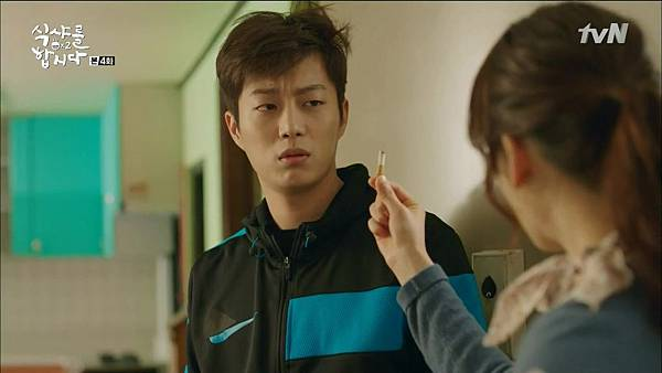 [tvN] 식샤를 합시다 시즌2.E04.150414.HDTV.H264.720p-WITH.mp4_20150417_183959.703