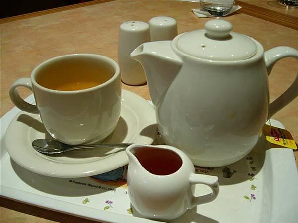 大胖的熱桔茶,好像也很好喝