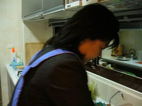 洗高麗菜ing