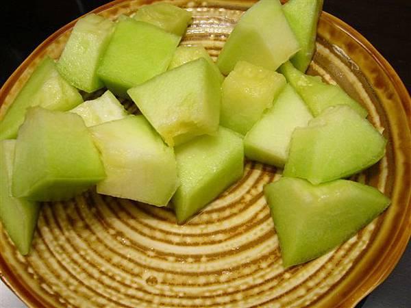 和甜甜的瓜瓜,好甜喔~