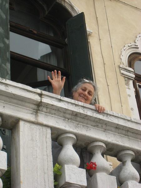威尼斯---窗口親切的婆婆