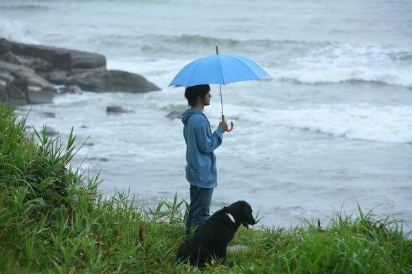海邊的千葉與狗狗.jpg