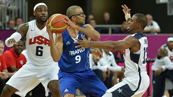 Durant-leads-Americans-in-Olympic-opener