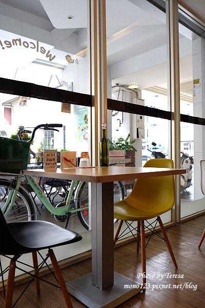 1426732412 2063990441 - Siena Street 西納小街.環境舒適有紫色的貴婦包廂,只是餐點不太合我們的口味