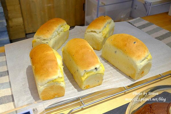 1426841278 2265713330 - 北屯甜點│overture序曲.隱身在民宅裡的美味甜點和麵包,檸檬塔夠酸,麵包夠軟Q