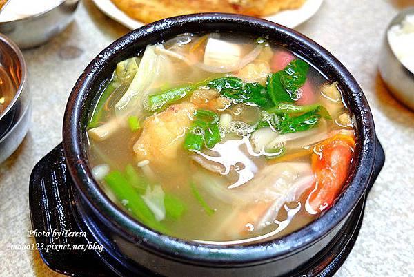 1433776696 3236060846 n - 東區韓式料理│高麗屋韓式料理.平價的韓式料理,份量大又便宜,用餐時間人好多