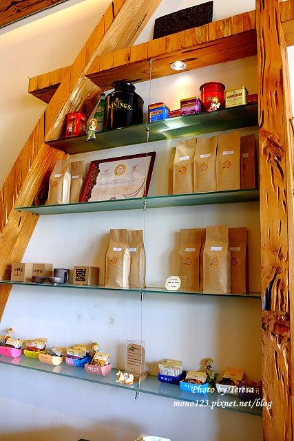 1437234836 3723387629 - 【台中豐原】丹曼精品咖啡.自家烘培咖啡,以大量木頭裝飾的咖啡館,有好喝的咖啡和輕食