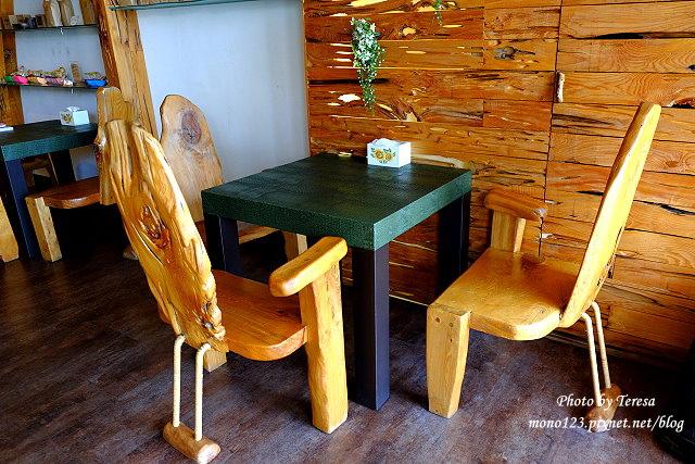 1437234851 3813893015 - 【台中豐原】丹曼精品咖啡.自家烘培咖啡,以大量木頭裝飾的咖啡館,有好喝的咖啡和輕食