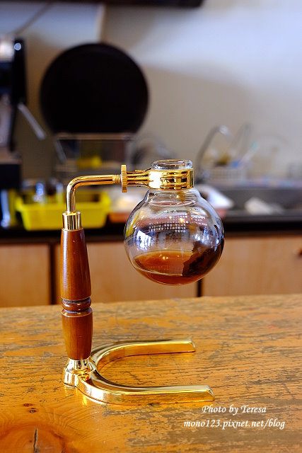 1437234854 2091578952 - 【台中豐原】丹曼精品咖啡.自家烘培咖啡,以大量木頭裝飾的咖啡館,有好喝的咖啡和輕食