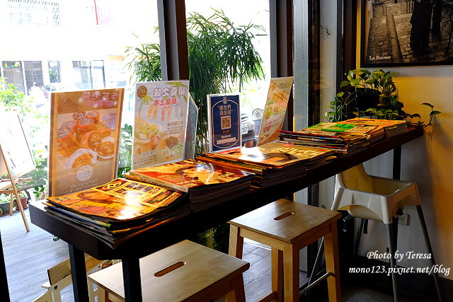 1437235161 3585109947 - 【台中豐原】I`m Feng Cafe.咖啡店賣的不只是咖啡,義大利麵、火鍋、風味套餐、鬆餅、下午茶通通有
