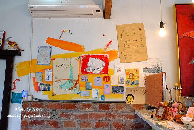 1438097583 1793857760 - 【台中神岡】田中間豬室繪社.廢棄豬舍改造的藝術、休閒和飲食空間,鬆軟的麵包好好吃