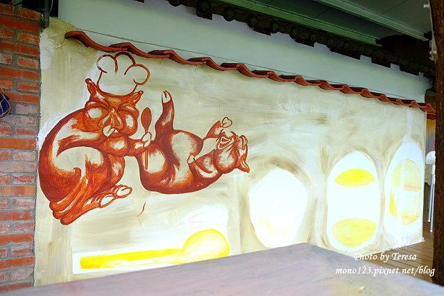1438097635 2211007362 - 【台中神岡】田中間豬室繪社.廢棄豬舍改造的藝術、休閒和飲食空間,鬆軟的麵包好好吃