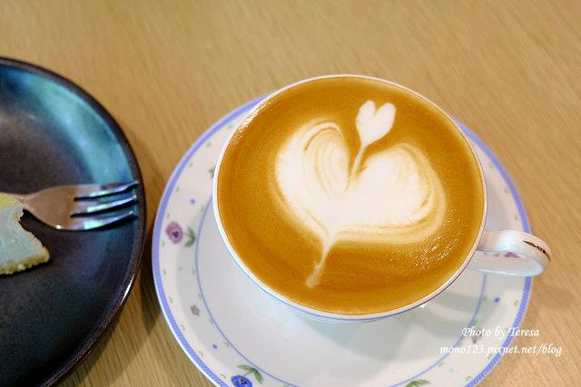 1438659437 2163226225 - 【台中豐原】小幸福咖啡.遠離市區的幸福咖啡館,有好吃的生乳酪檸檬起司蛋糕和好喝的咖啡