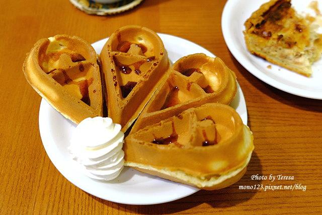 1438964796 345991248 - 【台中東勢】喬巴咖啡.東勢小鎮裡溫馨小巧的咖啡館,有咖啡還有精釀啤酒、巧克力、莫凡比冰淇淋和好吃的鹹派