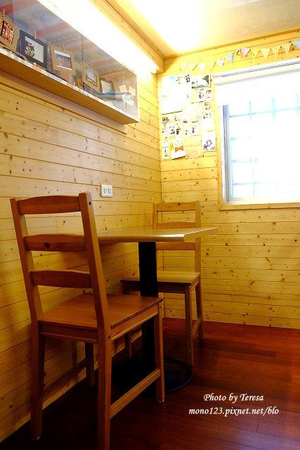 1440779575 3442066319 - 【台中豐原】沐沐咖啡.隱身小巷子裡的小小咖啡店,沒有寬闊的空間,卻有暖暖的咖啡香