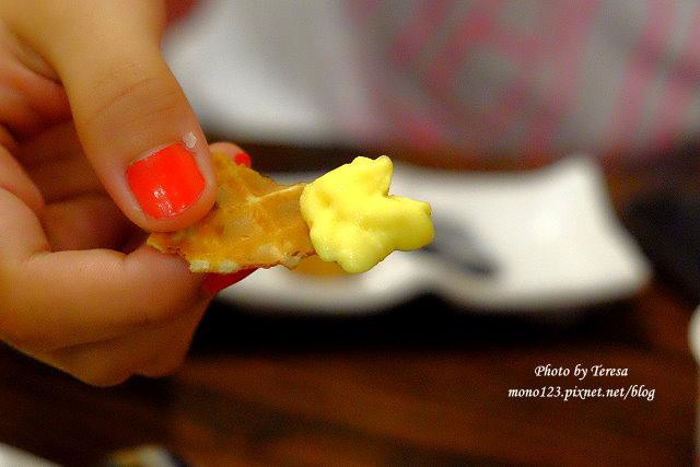 1440819415 1964935155 - 【台中南區.冰品】巴部屋工房.有好吃的鮮奶脆餅和吸睛的電鍋冰淇淋,另外有夏季限定的哈蜜瓜盅冰淇淋