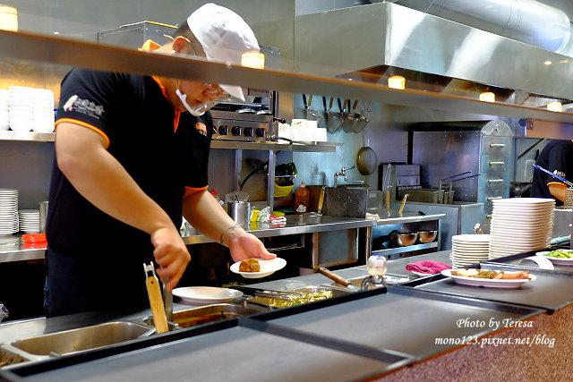 1441728002 4237329762 - 熱血採訪│新唐人御品豬腳,平價的中式料理,有家常小菜也有主廚推薦的避風塘豬腳,還有可以外帶的台灣真情懷古滷味