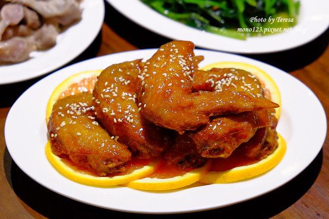 1441728025 199649062 - 熱血採訪│新唐人御品豬腳,平價的中式料理,有家常小菜也有主廚推薦的避風塘豬腳,還有可以外帶的台灣真情懷古滷味