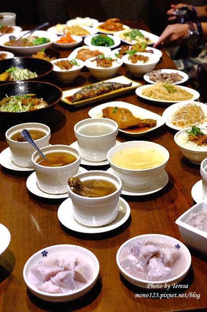 1441728082 3651525851 - 熱血採訪│新唐人御品豬腳,平價的中式料理,有家常小菜也有主廚推薦的避風塘豬腳,還有可以外帶的台灣真情懷古滷味