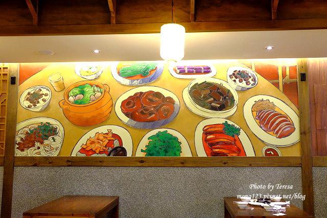 1441990491 695221365 - 熱血採訪│新唐人御品豬腳,平價的中式料理,有家常小菜也有主廚推薦的避風塘豬腳,還有可以外帶的台灣真情懷古滷味