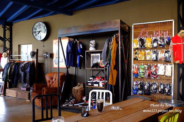1444057033 1334426462 - 神岡咖啡│BAKKU Garage 老車車庫.一群熱愛偉士牌的車友所打造的休憩空間,販售的除了配備、飲料,還有濃濃的人情味